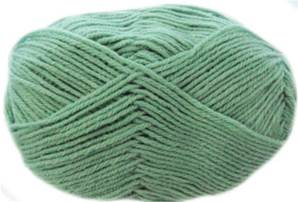 Snuggly 4 ply, 425 Pale Green