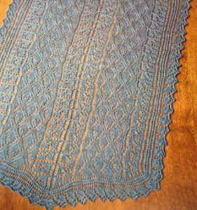 Berry blue-tiful stole Fiber Trends S2022