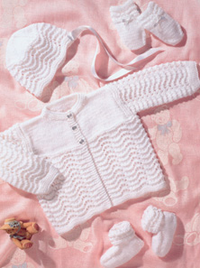 DK and 4 ply babies outfit Peter Pan 844 Digital Download