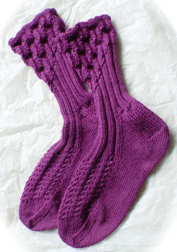 Eyelet ribbed socks, Digital Download