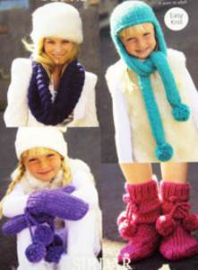 Cowl, hat, mitts and socks Sirdar 9354